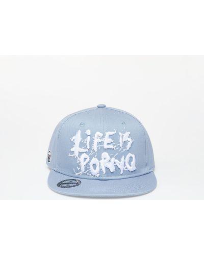 Szara czapka srebrna Life Is Porno