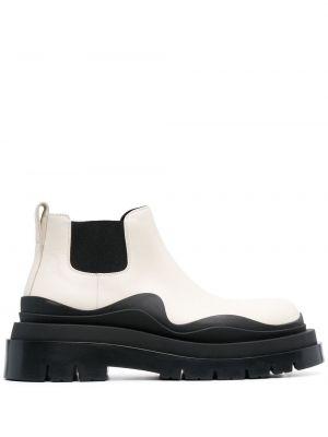 Czarne ankle boots skorzane na obcasie Bottega Veneta