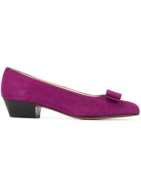 Фиолетовые туфли на низком каблуке без застежки винтажные с бантом Salvatore Ferragamo Pre-owned