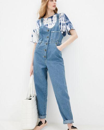 Синий джинсовый комбинезон Lee