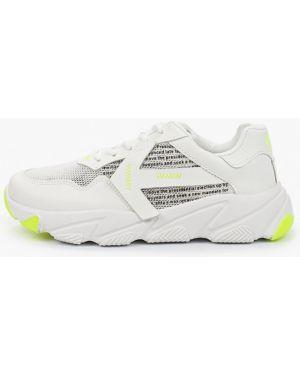 Кроссовки белые из искусственной кожи Crosby