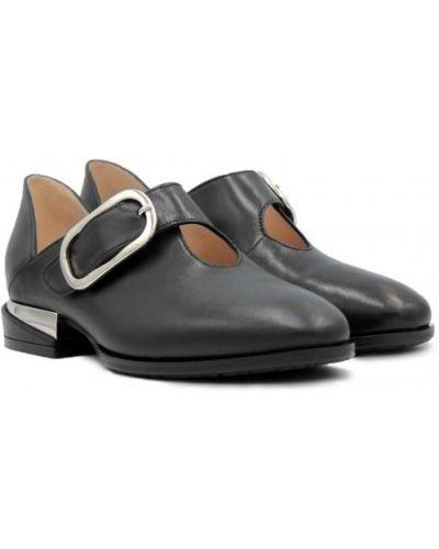 Кожаные туфли - черные Ilvi