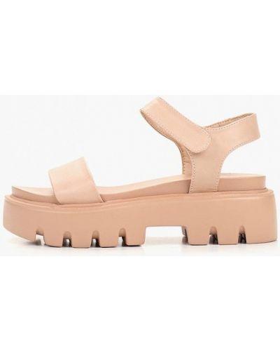 Босоножки на каблуке кожаные розовый Betsy