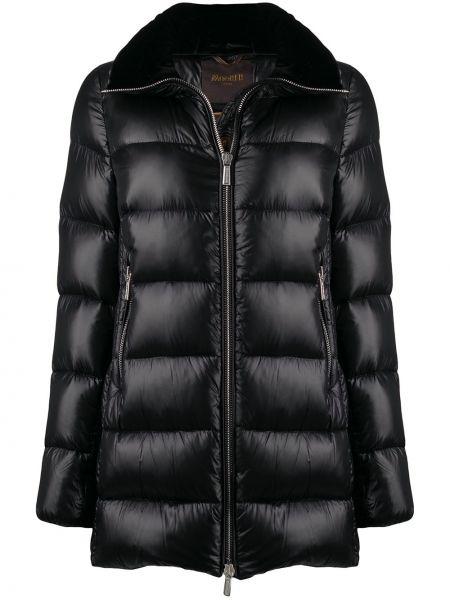 Шелковая черная куртка с капюшоном с перьями Moorer