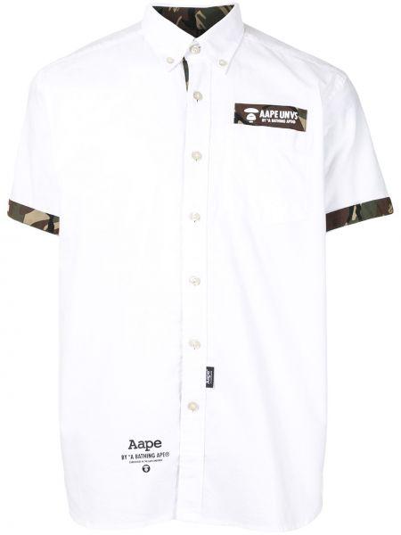 Puchaty biały bawełna koszula krótkie z krótkim rękawem z łatami Aape By A Bathing Ape