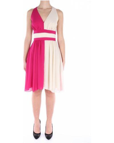 Różowa sukienka midi elegancka asymetryczna Lanacaprina