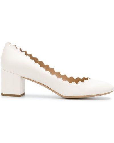 Белые кожаные туфли-лодочки Chloé