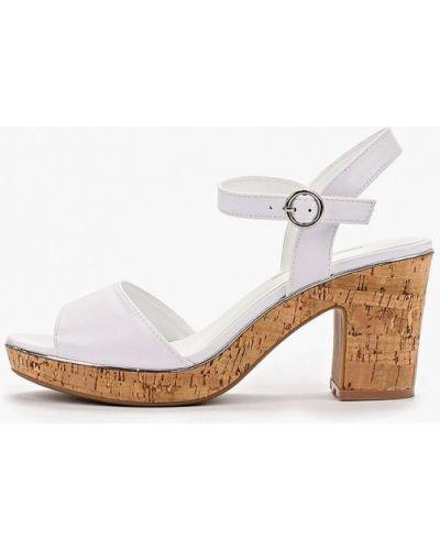 Босоножки белые на каблуке Dorothy Perkins