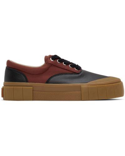 Черные кроссовки с заплатками Good News
