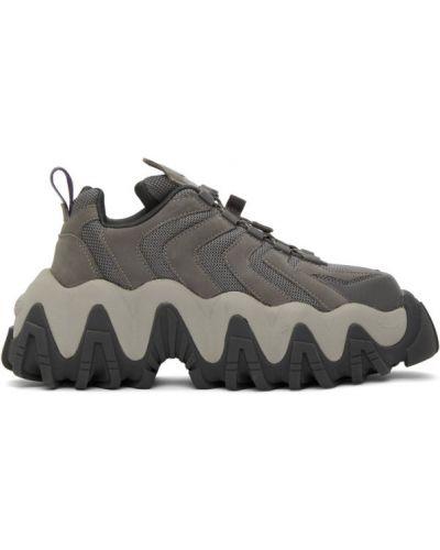 Srebro włókienniczy sneakersy na platformie z siatką na sznurowadłach Eytys