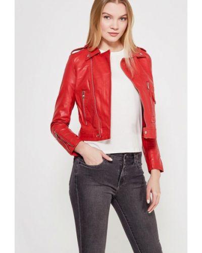 Красная куртка Grand Style