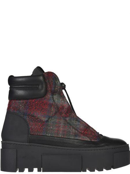 Ботинки на платформе кожаные осенние Vic Matie