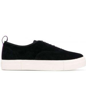 Czarne sneakersy zamszowe sznurowane Eytys