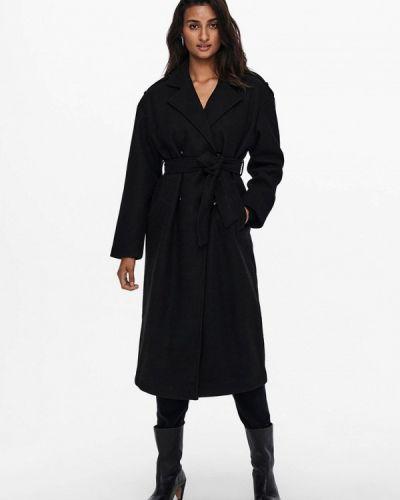 Черное зимнее пальто Only