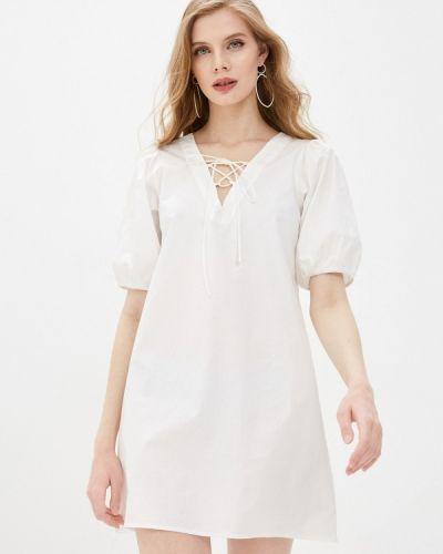 Прямое белое платье А-силуэта Compania Fantastica