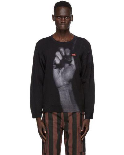 Czarny sweter wełniany z haftem 032c