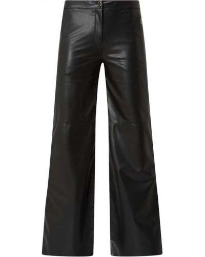 Czarne spodnie rozkloszowane Marc Cain