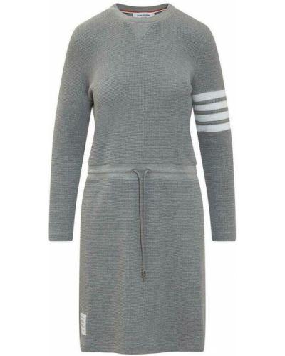 Szara sukienka długa z długimi rękawami Thom Browne