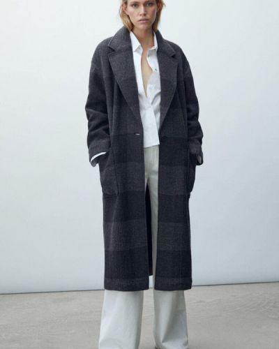 Серое зимнее пальто Massimo Dutti