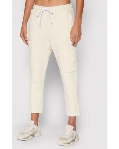Beżowe spodnie dresowe Replay