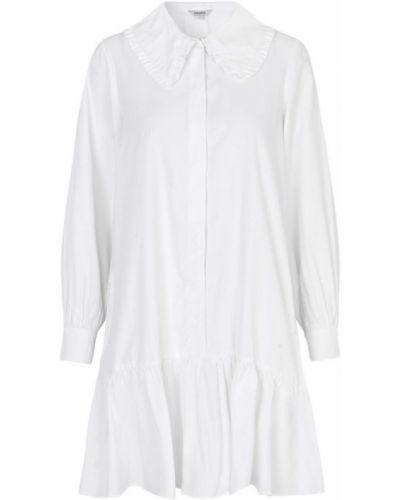 Biały garnitur Mbym