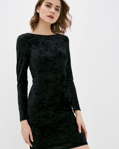 Прямое черное платье Mark Formelle