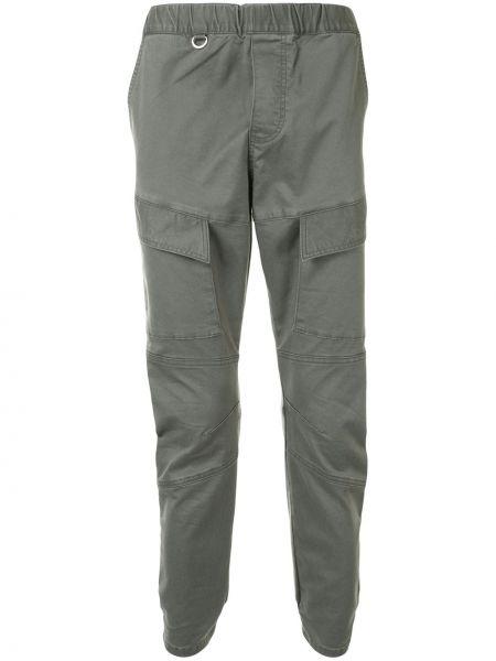 Хлопковые серые брюки с поясом узкого кроя Sophnet.