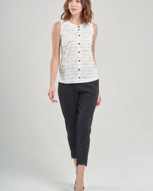 Комбинированная блузка из штапеля на пуговицах с вырезом Mari-line