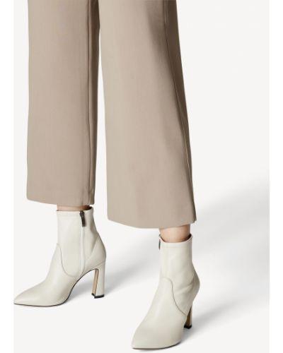 Белые ботинки на каблуке Tamaris