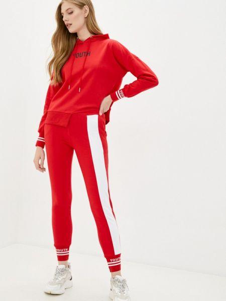 Костюмный красный спортивный костюм Grand Style