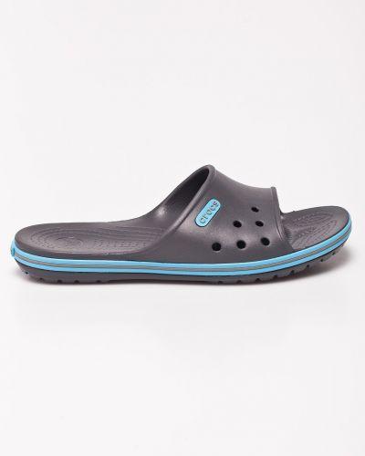 Серые сандалии Crocs