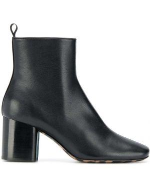 Черные ботинки на каблуке круглые на молнии Paul Smith