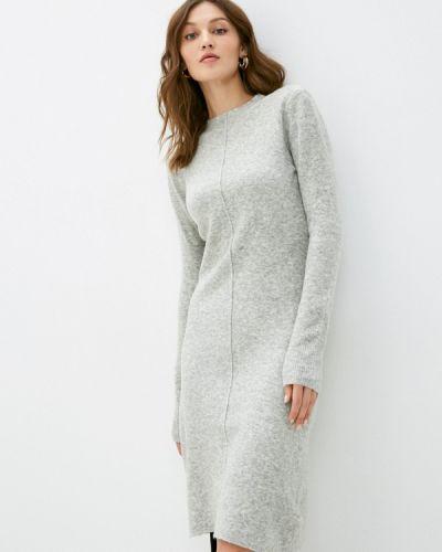 Серое вязаное платье Silvian Heach