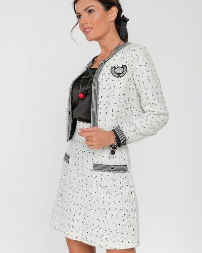 Костюмный белый юбочный костюм Clever Woman Studio