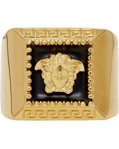Кольцо золотое квадратное Versace