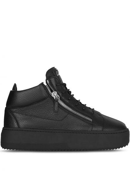 Koronkowa skórzany czarny sneakersy Giuseppe Zanotti