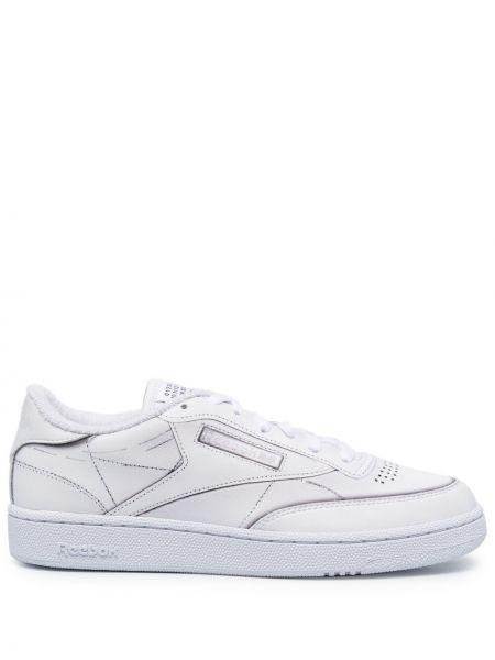 Кожаные белые кроссовки на шнурках Maison Margiela X Reebok