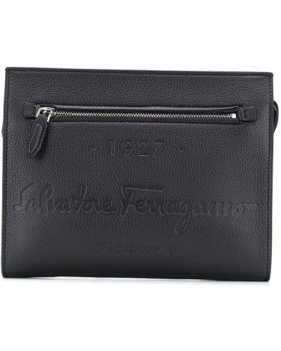 Кожаная черная сумка на молнии Salvatore Ferragamo