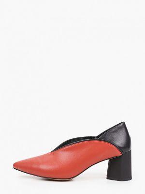 Красные кожаные туфли Makfine