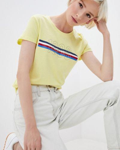 Желтая с рукавами футболка Lee Cooper