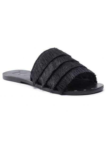 Czarne sandały skórzane Manebi