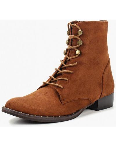 Ботинки на каблуке осенние Corina