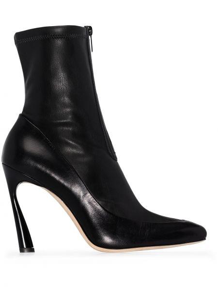 Skórzany czarny buty na wysokości na pięcie prążkowany Jimmy Choo