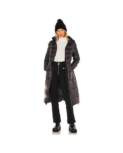 Черная куртка с воротником ветрозащитная Goldbergh
