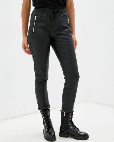 Кожаные брюки - черные Silvian Heach