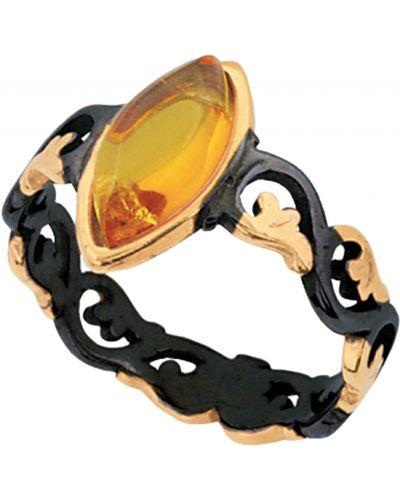 Золотистое черное кольцо позолоченное с декоративной отделкой балтийское золото