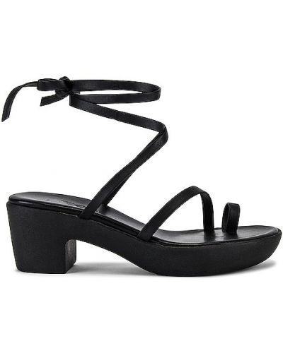 Czarne klapki na platformie Ancient Greek Sandals