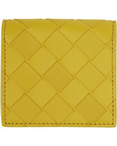 Желтый кошелек для монет с тиснением Bottega Veneta