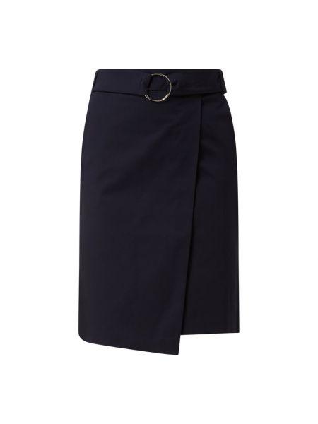 Niebieska spódnica rozkloszowana z paskiem Betty Barclay