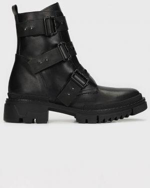 Ботинки на каблуке Kazar Studio